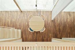 minimalistic Living room by 白砂孝洋建築設計事務所