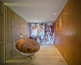 Vestíbulos, pasillos y escaleras de estilo  por Antonio Macia A&D