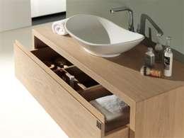 minimalistic Bathroom تنفيذ F&F Floor and Furniture