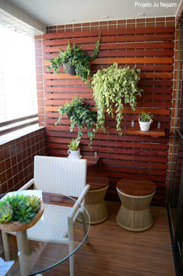 Terrazas de estilo  por Ju Nejaim Arquitetura