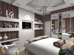 """Дизайн спальни загородного дома в романтичном стиле """"Камея"""": Спальни в . Автор – Лаборатория дизайна 'КУБ'"""