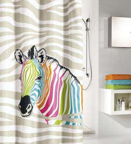 Zèbre multicolore: Salle de bain de style de style eclectique par Salle de Bains Déco.com