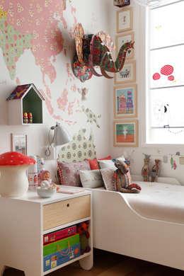 andre piva arquitetura: modern tarz Çocuk Odası