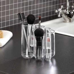 7 petits tubes: Salle de bain de style de style eclectique par Salle de Bains Déco.com