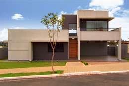 PROJETO RESIDENCIAL: Casas modernas por Dani Santos Arquitetura