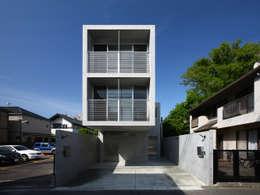 南烏山の二世帯住宅: アトリエハコ建築設計事務所/atelier HAKO architectsが手掛けたです。