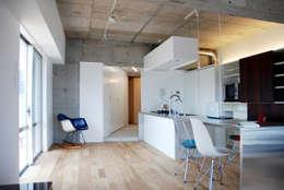 オシアゲマンションリノベーション: アトリエハコ建築設計事務所/atelier HAKO architectsが手掛けたです。