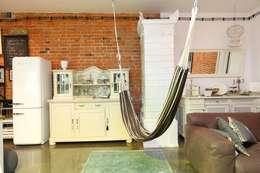 loft strefa relaksu w salonie: styl , w kategorii Salon zaprojektowany przez livinghome wnętrza Katarzyna Sybilska