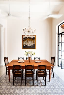 Salas de jantar ecléticas por Taller Estilo Arquitectura