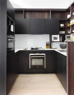 Cozinhas modernas por The Manser Practice Architects + Designers