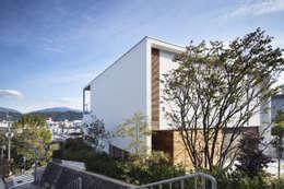 บ้านและที่อยู่อาศัย by プラスアトリエ一級建築士事務所