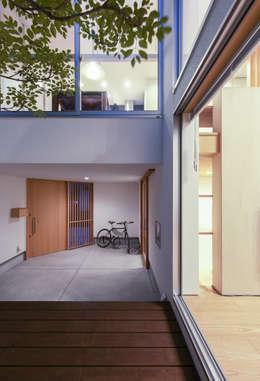 Hiên, sân thượng by プラスアトリエ一級建築士事務所