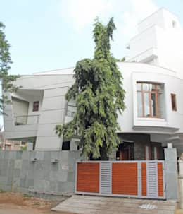 3G HOUSE – UMA SURESH: modern Houses by Muraliarchitects