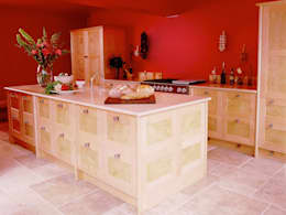 Quilted Maple Kitchen with Red Wall designed and made by Tim Wood: modern Kitchen by Tim Wood Limited