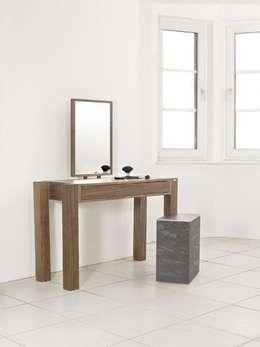 Chambre de style de style Moderne par Roter Punkt GmbH