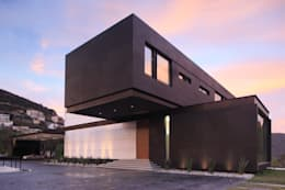 Casas de estilo moderno por GLR Arquitectos