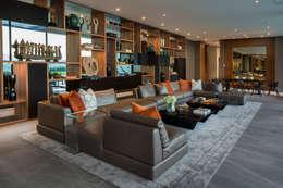 Casa MT: Salas de estilo moderno por GLR Arquitectos