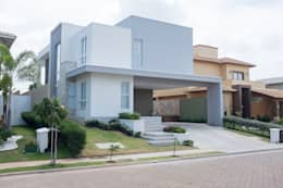 Projekty, nowoczesne Domy zaprojektowane przez POCHE ARQUITETURA