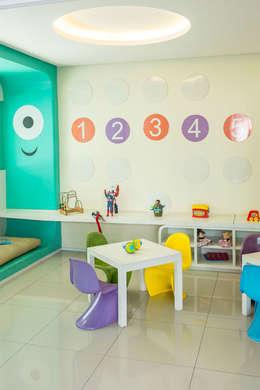 Chambre d'enfant de style de style Moderne par POCHE ARQUITETURA