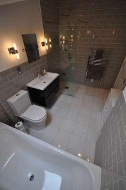 Ванные комнаты в . Автор – The Lady Builder