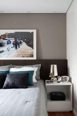 Dormitorios de estilo moderno por Jamile Lima Arquitetura