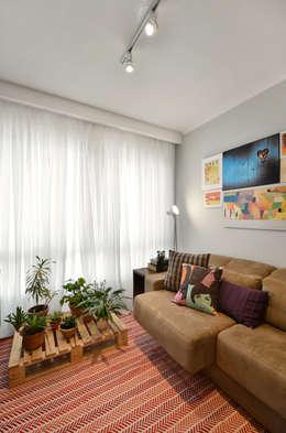 modern Living room by CR Arquitetura&paisagismo
