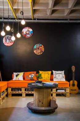 La Idea Arquitetura e Design: modern tarz Çalışma Odası