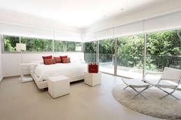 Enrique Cabrera Arquitecto의  침실