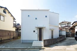 Projekty, nowoczesne Domy zaprojektowane przez 株式会社かんくう建築デザイン