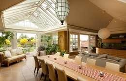 Westbury Garden Rooms: modern tarz Kış Bahçesi