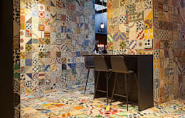 Projekty,  Ściany i podłogi zaprojektowane przez Work House Collection