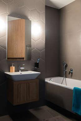 Mieszkanie na Bemowie: styl , w kategorii Łazienka zaprojektowany przez Jacek Tryc-wnętrza