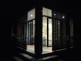 vue de nuit: Maisons de style de style Moderne par Clemence de Mierry Grangé