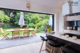 modern Kitchen by TOTUS