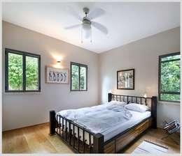Casa de Isi: Dormitorios de estilo moderno de Capital Conceptual