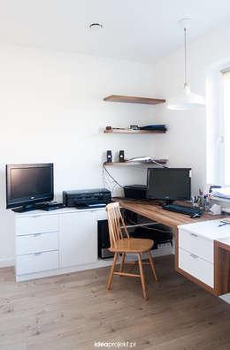 Home office: styl , w kategorii Domowe biuro i gabinet zaprojektowany przez idea projekt