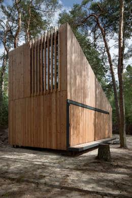 Projekty, nowoczesne Domy zaprojektowane przez FAM Architekti