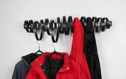 Garderobe LOOP: ausgefallener Flur, Diele & Treppenhaus von Groegl Upcycling