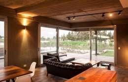 Casas de estilo moderno por FAARQ - Facundo Arana Arquitecto & asoc.