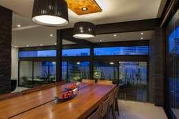 moderne Eetkamer door GLR Arquitectos