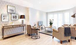 WN Interiors of Poole in Dorset: modern tarz Oturma Odası
