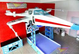 impectante cama tipo x wing de star wars: Habitaciones infantiles de estilo  por camas y literas infantiles kids world