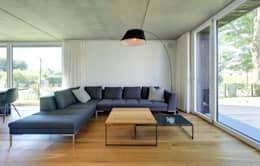 Haus Wieckin: moderne Wohnzimmer von Haus Wieckin