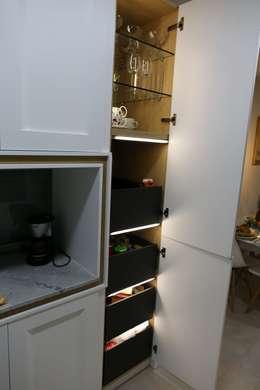 Cocinas de estilo clásico por Línea 3 Cocinas Madrid