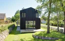 Projekty, nowoczesne Domy zaprojektowane przez Haus Wieckin