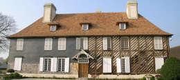 Manoir en Pays d'Auge : Maisons de style de style Rustique par LC Design