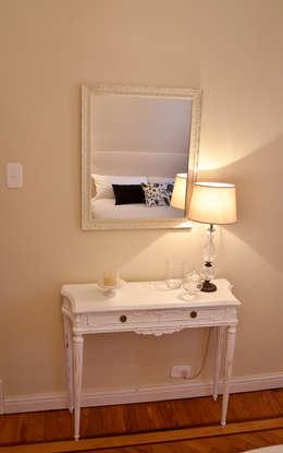 Departamento en Recoleta I: Dormitorios de estilo moderno por GUTMAN+LEHRER ARQUITECTAS