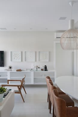 Comedor de estilo  por Yamagata Arquitetura