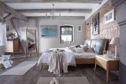 Swarzędz Home : akdeniz tarzı tarz Yatak Odası
