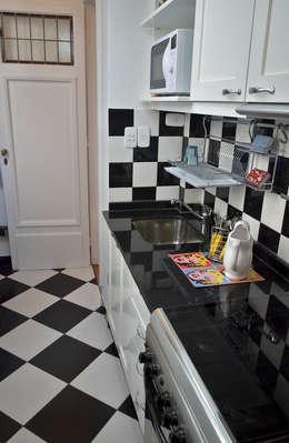 10 estilos diferentes en pisos de cocina for Decoracion piso oscuro